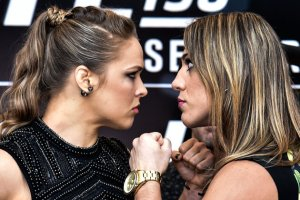 RIO DE JANEIRO, BRAZIL - JULY 30: Bantamweight fighters Ronda Rousey (L) of the United States and Bethe Correia of Brazil face off during Ultimate Media Day at Sheraton Hotel on July 30, 2015 in Rio de Janeiro, Brazil. (Photo by Buda Mendes/Zuffa LLC/Zuffa LLC via Getty Images)