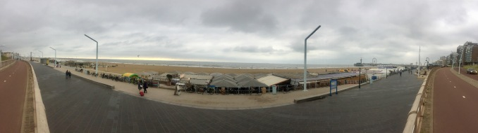 A panoramic shot of the beach and its food stalls