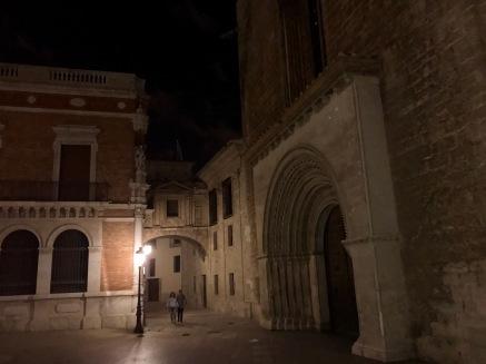 Near Valencia Cathedral