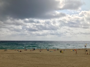 When the beach looks like this, it's a perfect day for looking at the Gothic Quarter