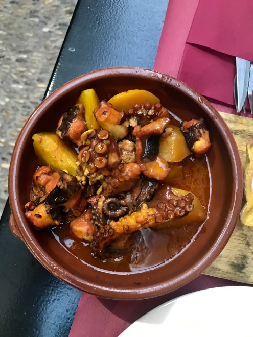 Octopus and potato stew