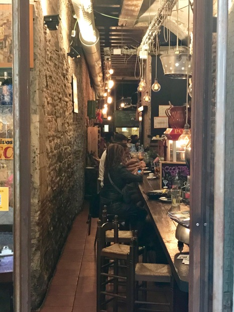 A bar at tapas time